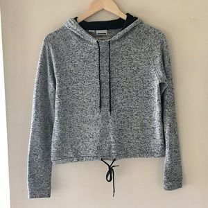 Noisy May grey cropped hoodie - Size Small